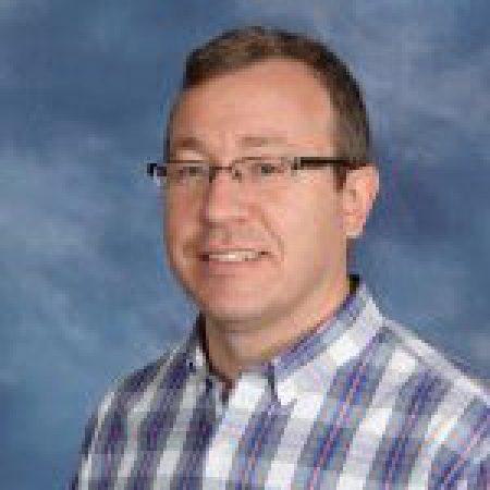 Pastor Jason Morris